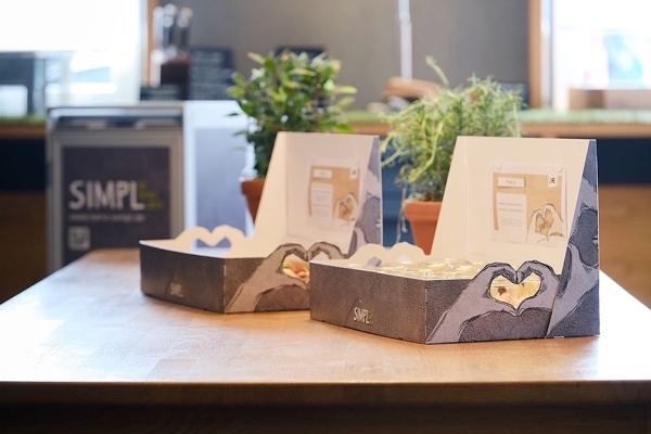 New catering concept launched at UV Days with SIMPL Dining food